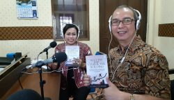 "Bedah Buku : ""Success through Character Building"""