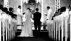 Menikah dengan Duda Cerai, Merasa Bersalah?