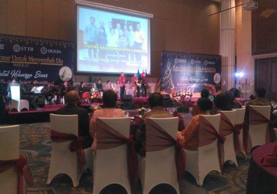 Natal Keluarga Besar Yayasan Iman Indonesia, STTII & UKRIM