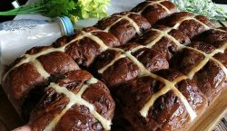 Chocolate Hot Cross Bun ala Cooking with Sheila