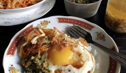 Telur Mata Sapi Kecap Asin dari Pontianak ala Cooking with…