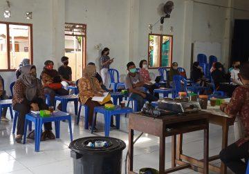 """Press Release """"Mahasiswa PHP2D UKDW Selenggarakan Pelatihan Budidaya Lele dalam Ember"""""""